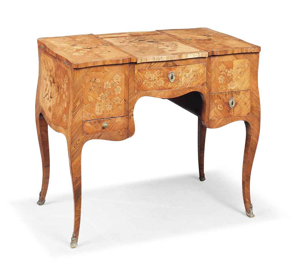A LOUIS XV KINGWOOD, TULIPWOOD