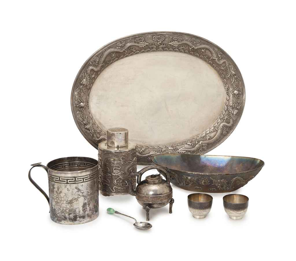 A GROUP OF CHINESE EXPORT SILVER TABLEWARES