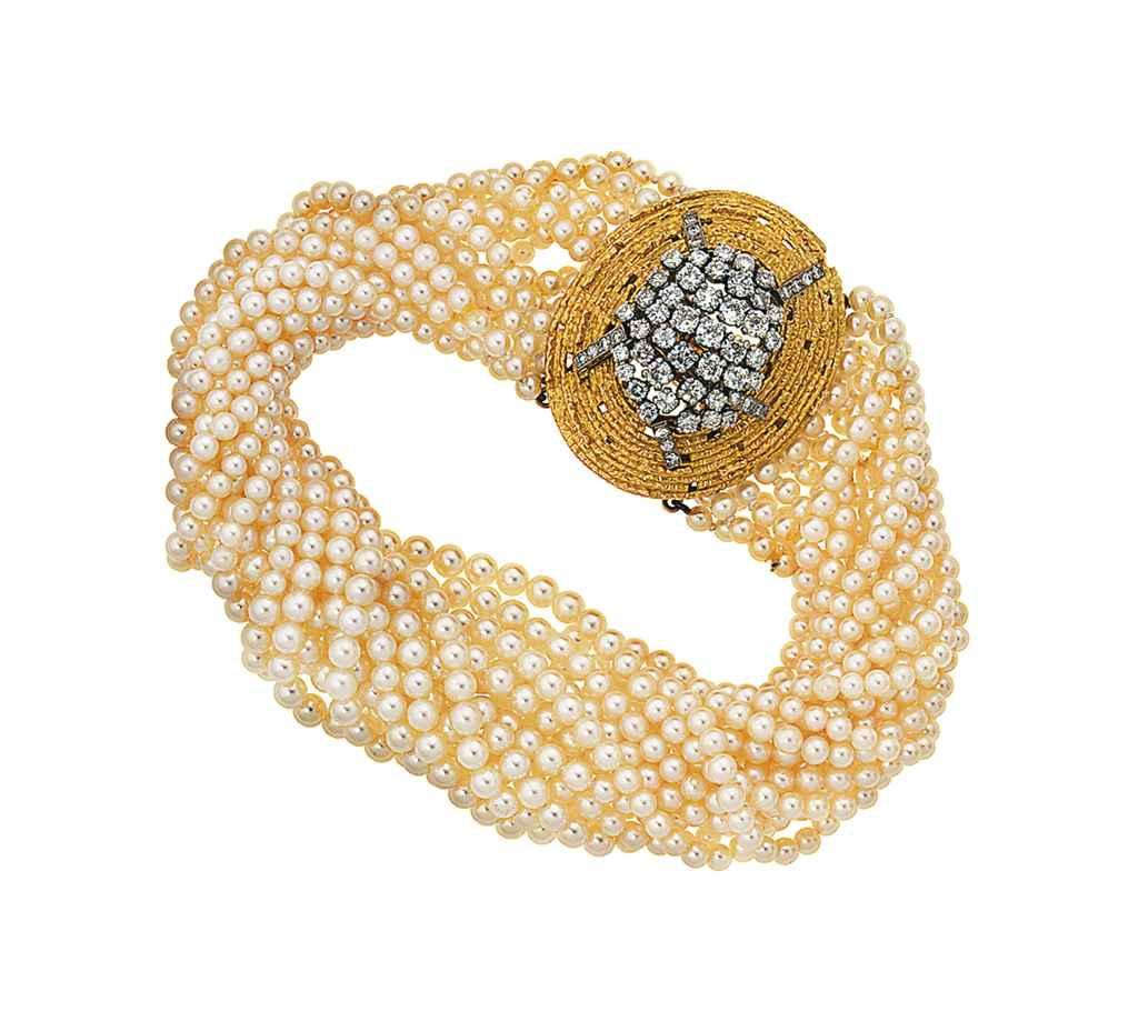 A diamond brooch, by Andrew Gr