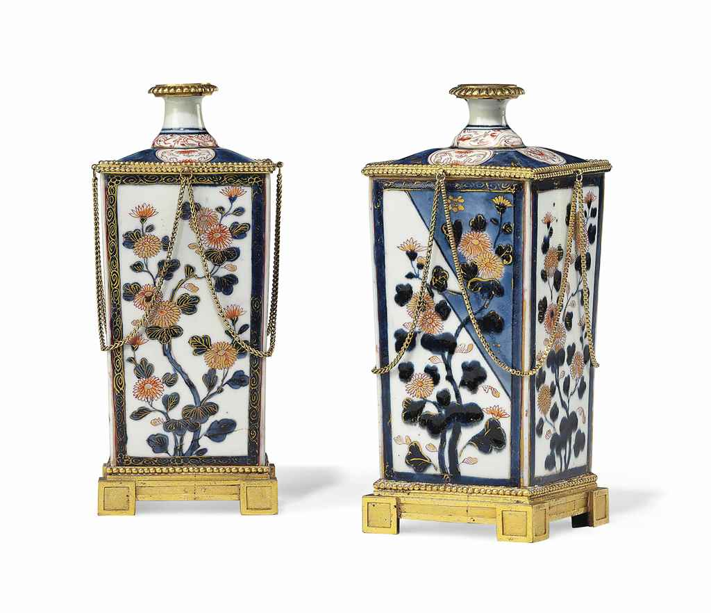 A PAIR OF LOUIS XVI ORMOLU-MOU