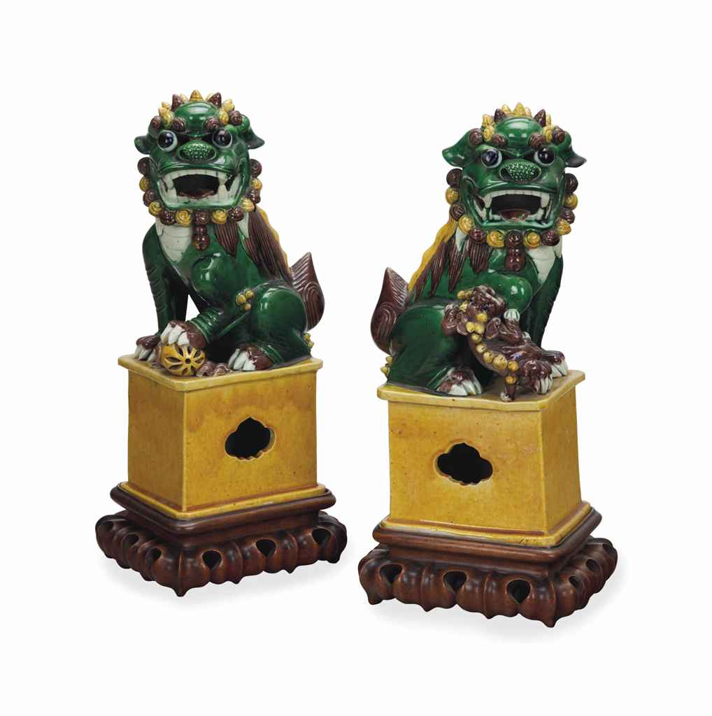 A PAIR OF CHINESE GREEN, YELLO