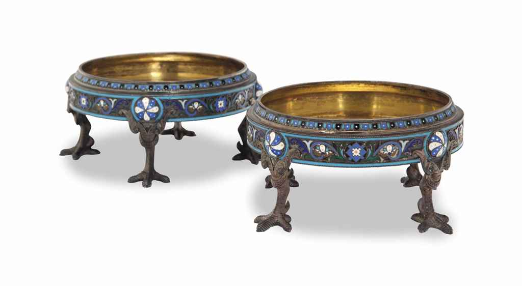 A PAIR OF RUSSIAN SILVER AND C