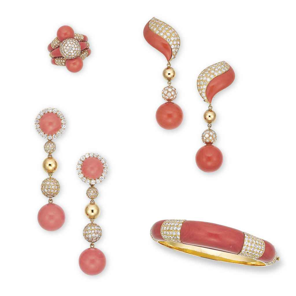 A SET OF CORAL AND DIAMOND JEWELLERY