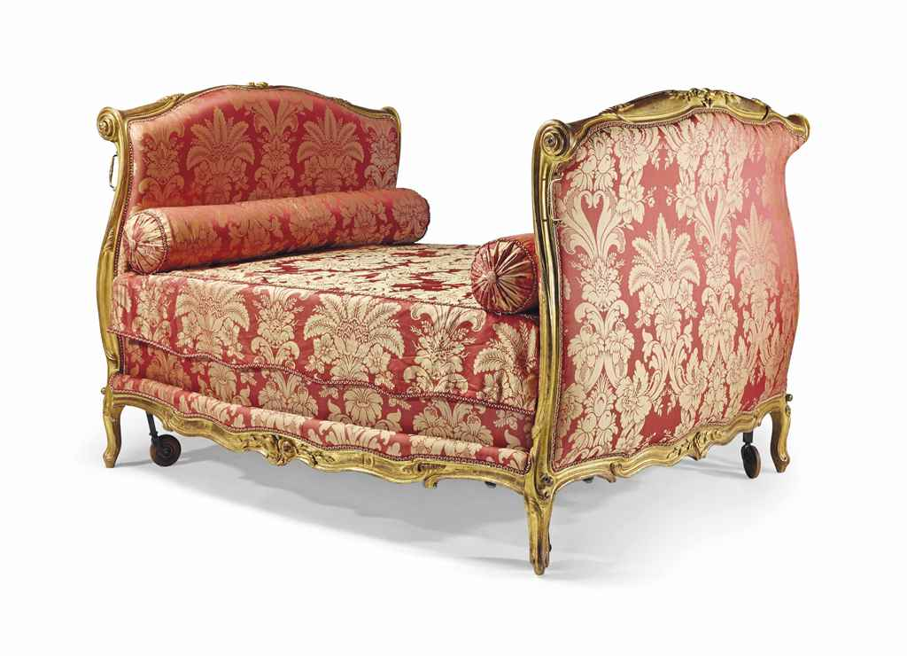 lit d 39 epoque louis xv estampille d 39 etienne meunier milieu du xviiieme siecle christie 39 s. Black Bedroom Furniture Sets. Home Design Ideas