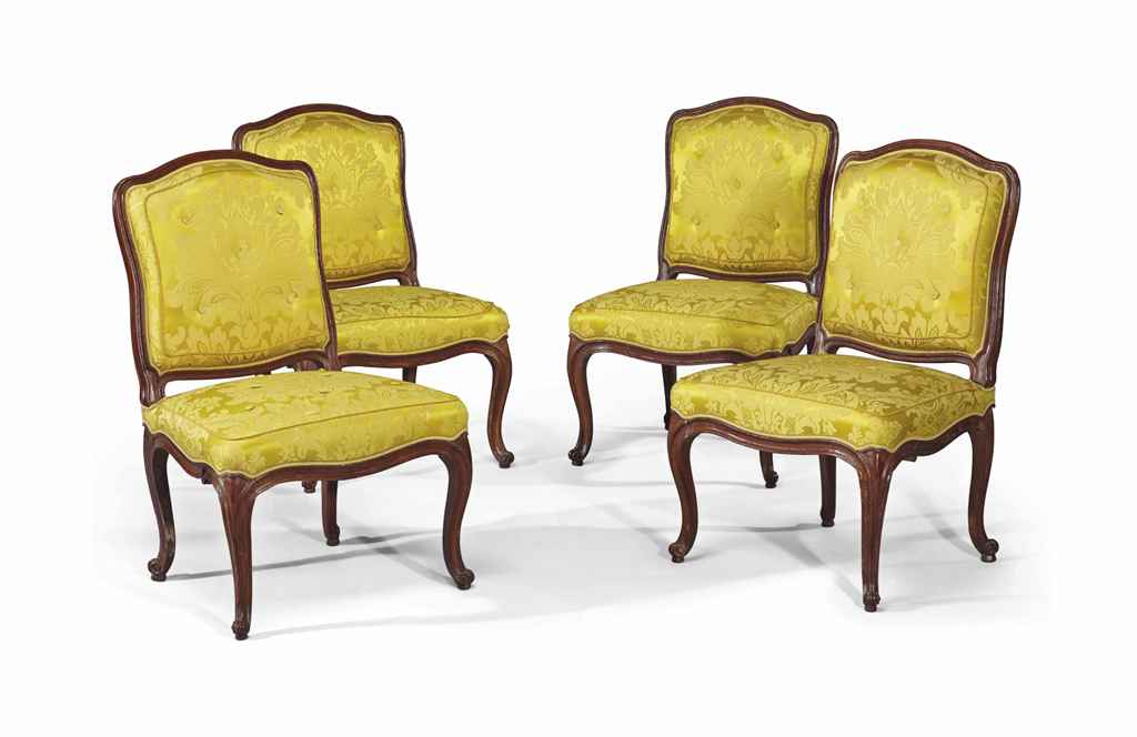 Quatre chaises d 39 epoque louis xv estampille de nicolas for Quatre pieds quatre chaises