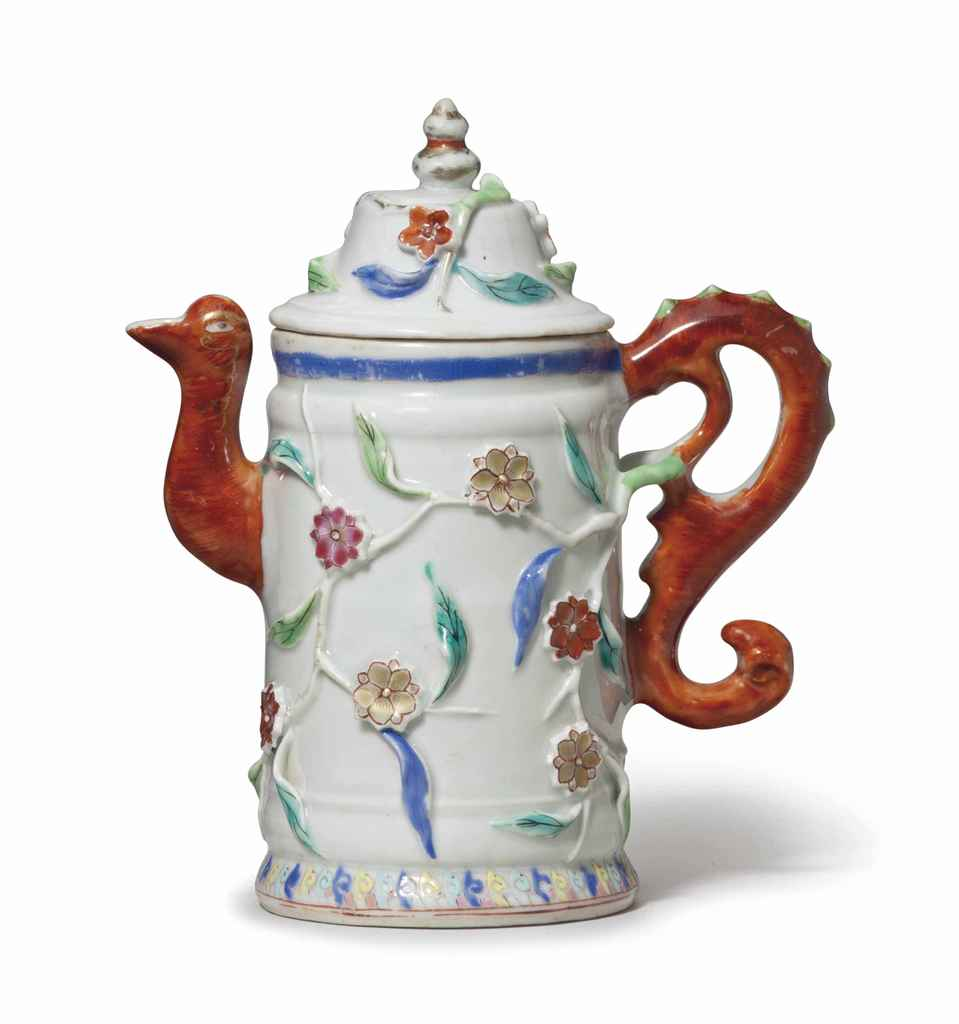 A FAMILLE ROSE WINE POT AND CO