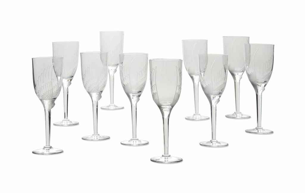 A SET OF TEN LALIQUE CLEAR AND