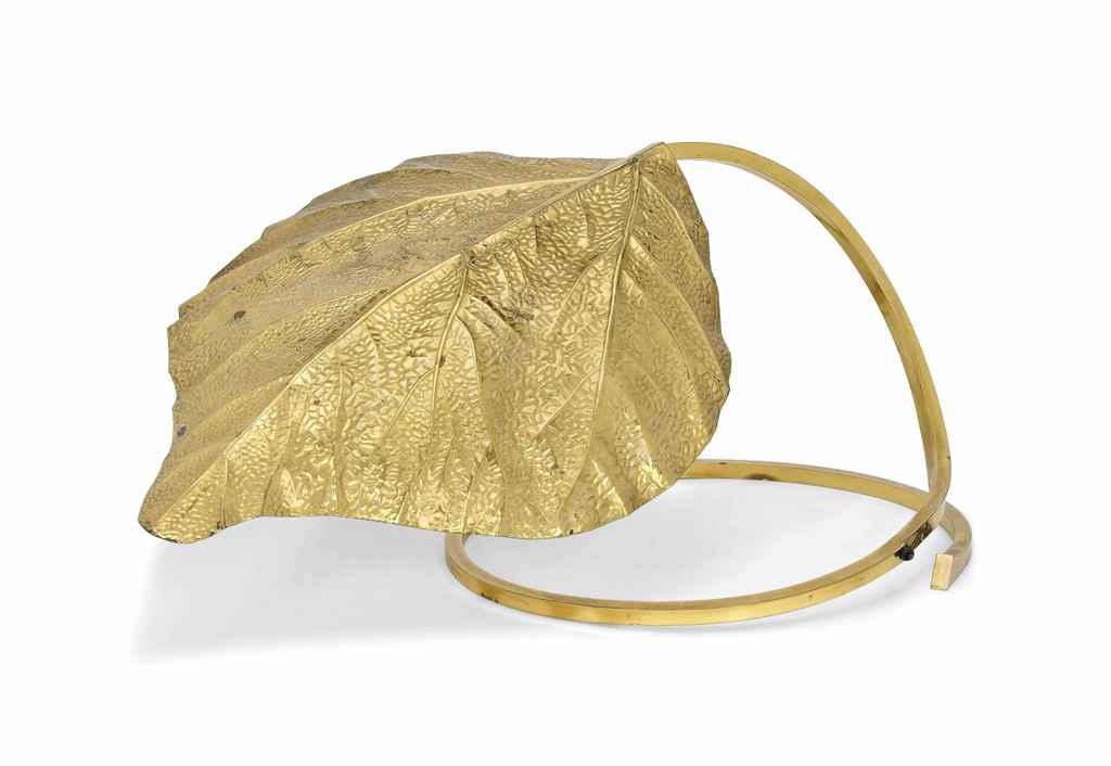 A TOMMASO BARBI BRASS LAMP