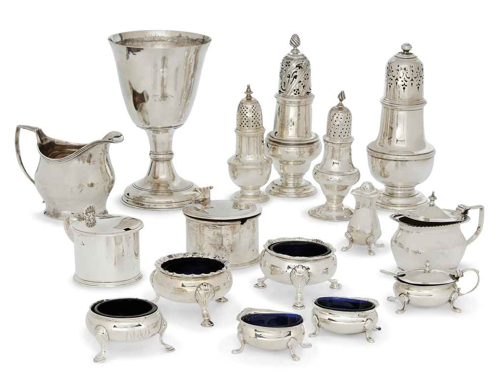 A SILVER COMMUNION CUP