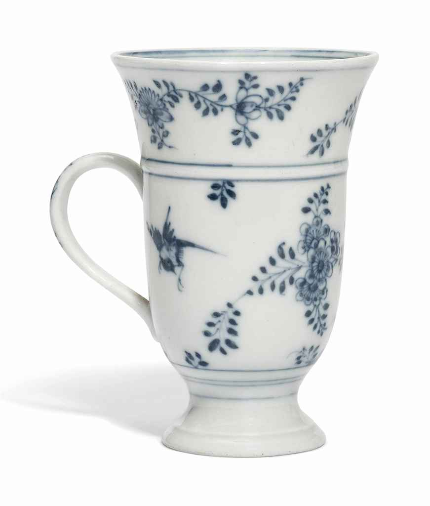 A MEISSEN BLUE AND WHITE FLARE