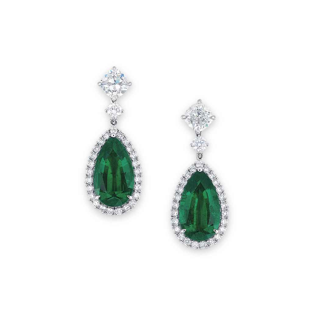 AN IMPORTANT PAIR OF EMERALD AND DIAMOND EAR PENDANTS