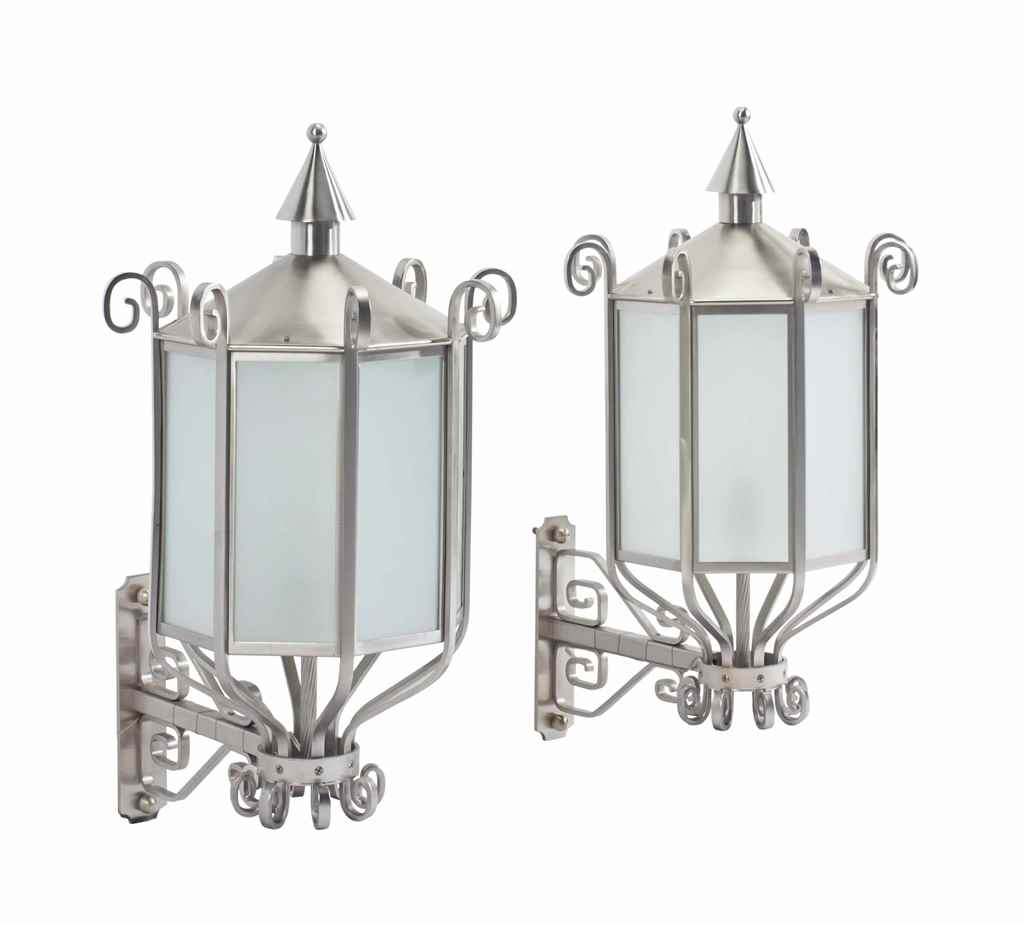 A PAIR OF ART DECO STYLE STEEL
