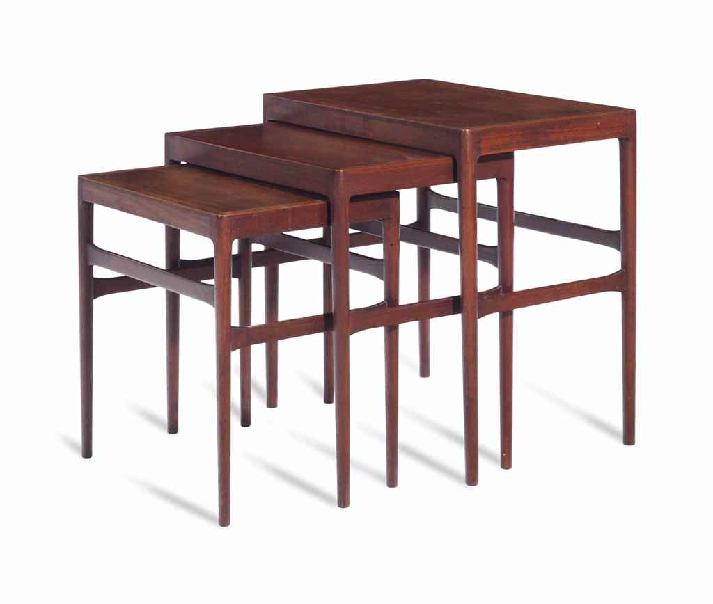 A PAIR OF NESTING TABLES,
