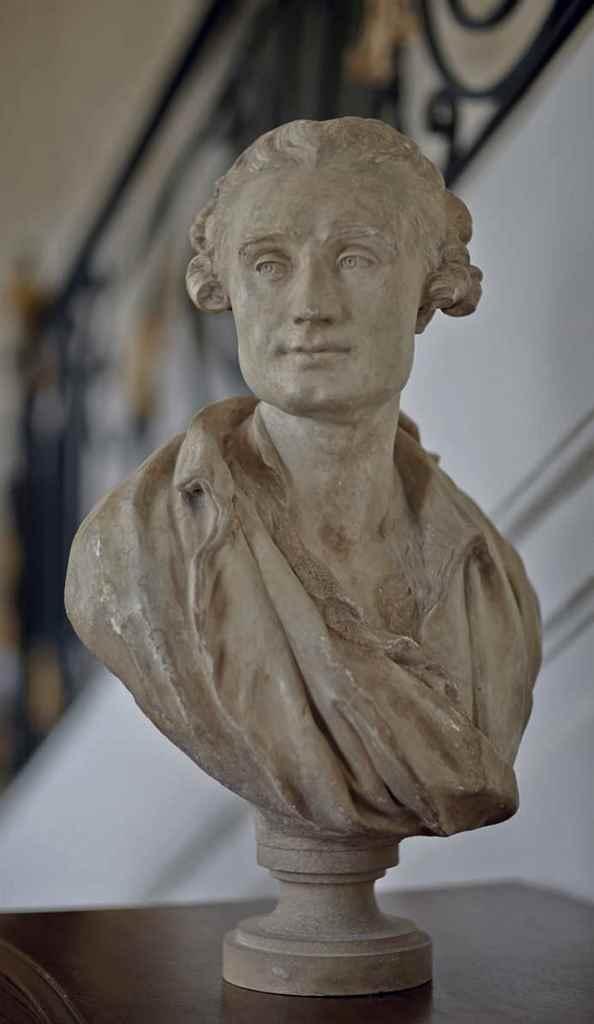 buste en platre representant l 39 ecrivain pierre laurent buirette de belloy 1727 1765 jean. Black Bedroom Furniture Sets. Home Design Ideas