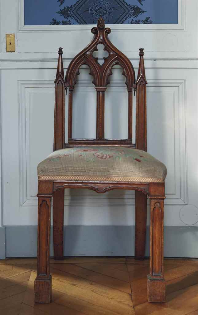Chaise d epoque neogothique seconde moitie du xixeme for Chaise xixeme siecle
