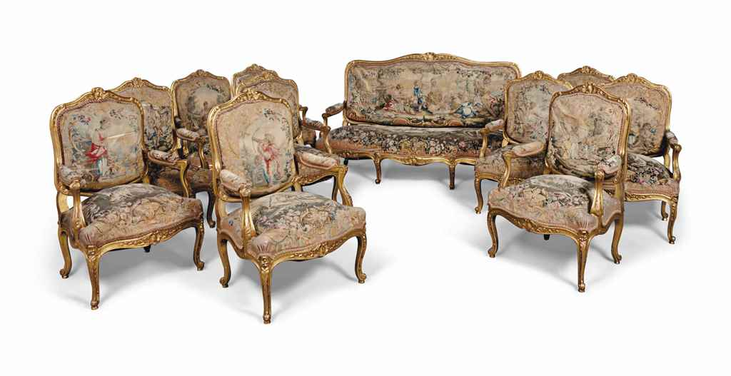 A french giltwood salon suite of louis xv style late for Salon louis 15