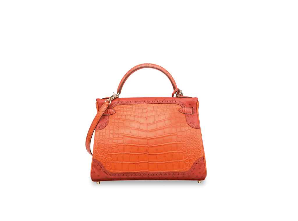 HERMÈS. A LIMITED EDITION MATT