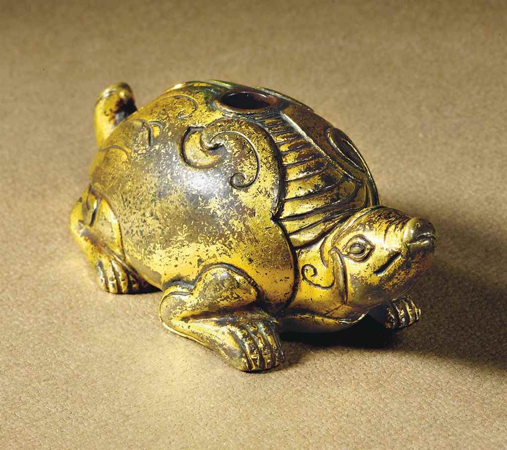 A GILT-BRONZE TORTOISE-FORM WA