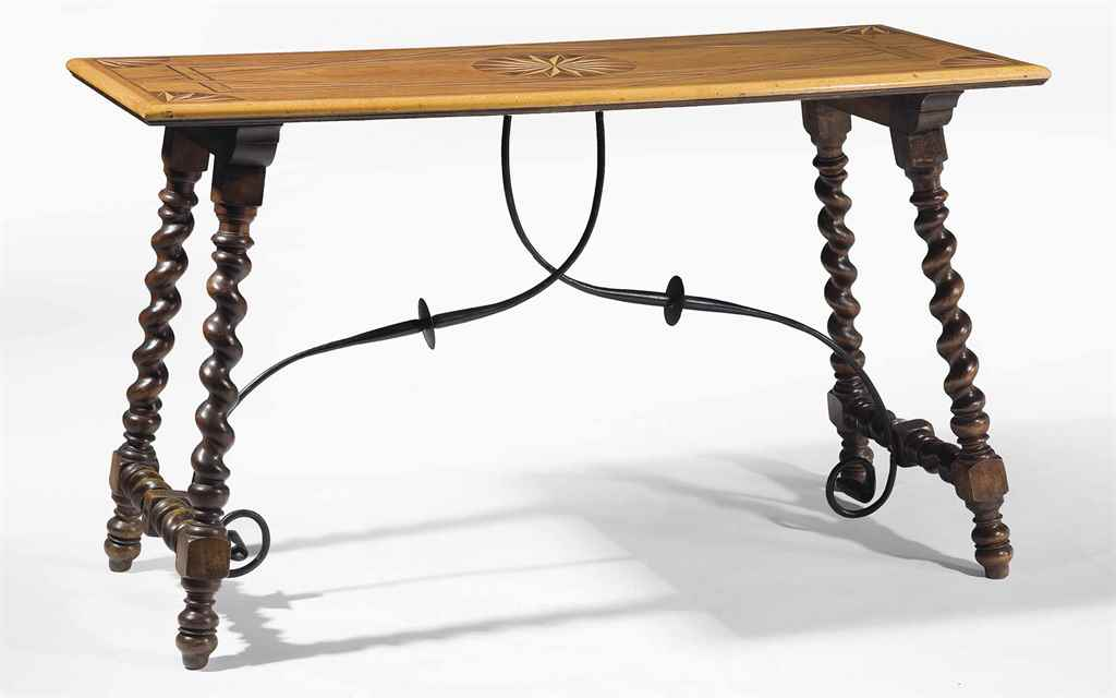 TABLE A VERROUS DU XIXEME SIEC