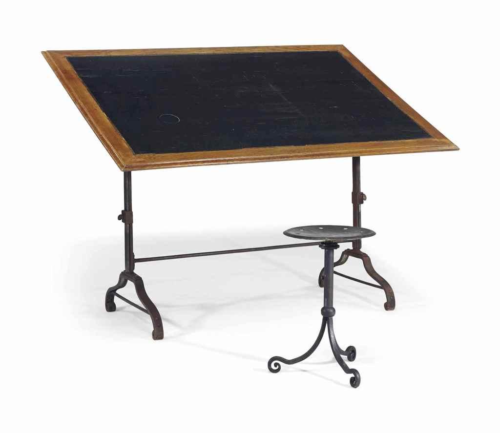TABLE ET TABOURET D'ARCHITECTE