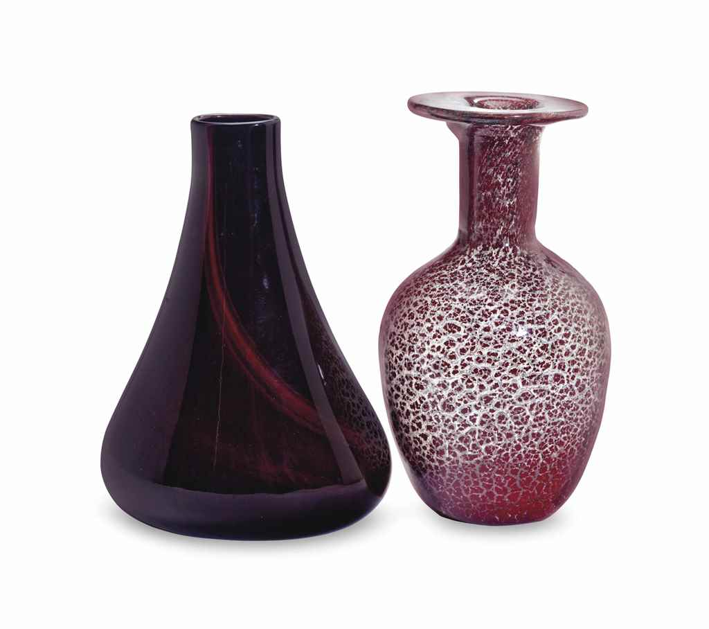 AN ITALIAN GLASS PORPORA VASE