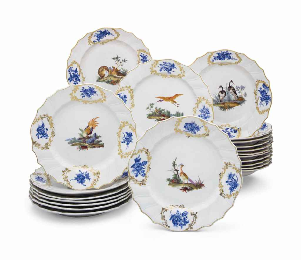 TWELVE TOURNAI PORCELAIN (THE