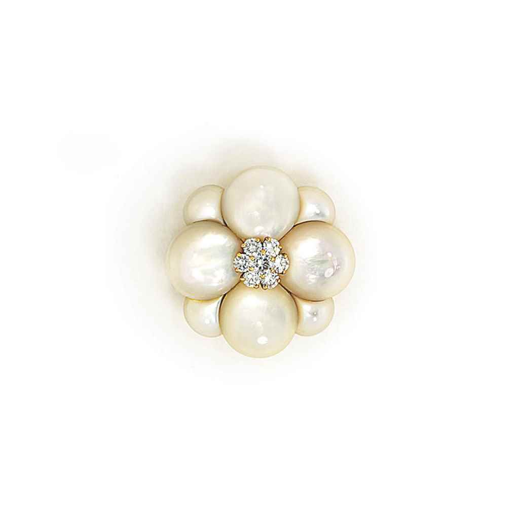 A MOTHER-OF-PEARL BROOCH, BY V