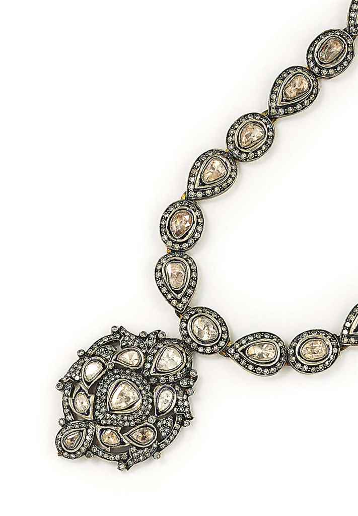 A DIAMOND-SET GILT NECKLACE AN