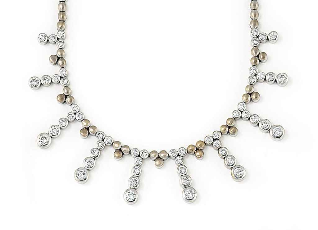 A DIAMOND FRINGE NECKLACE