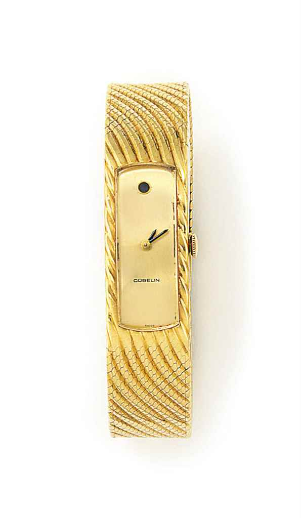 A LADY'S BRACELET WATCH, BY GU