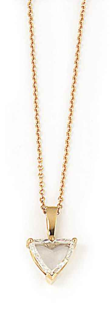 AN 18CT ROSE GOLD DIAMOND PEND