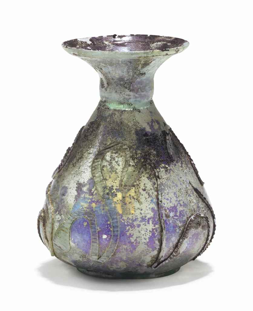 A ROMAN GLASS SNAKE THREAD SPR