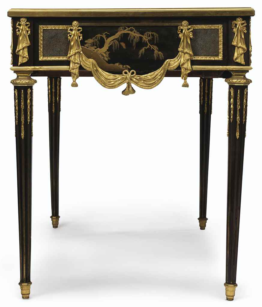 A FRENCH ORMOLU-MOUNTED JAPANE