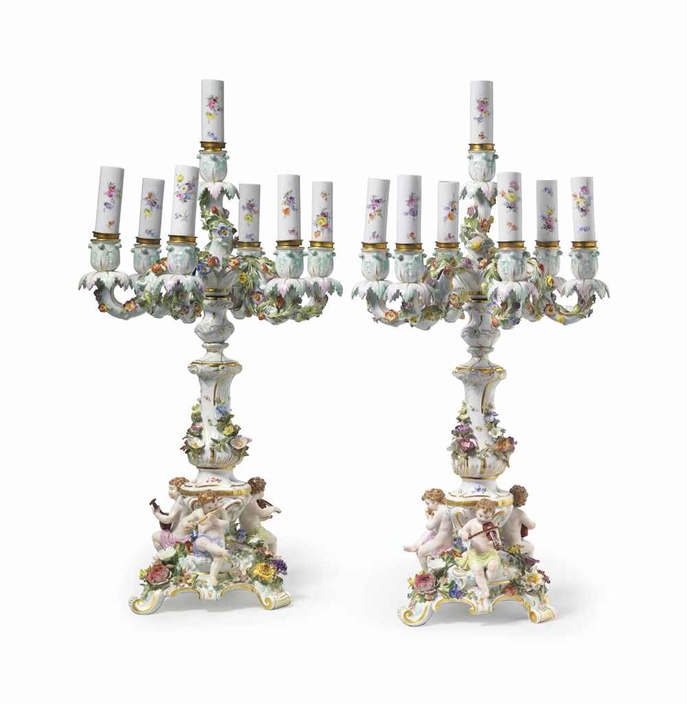 A PAIR OF MEISSEN PORCELAIN SE