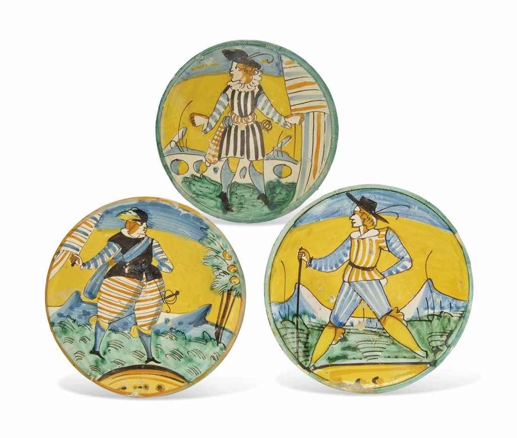THREE MONTELUPO MAIOLICA DISHE