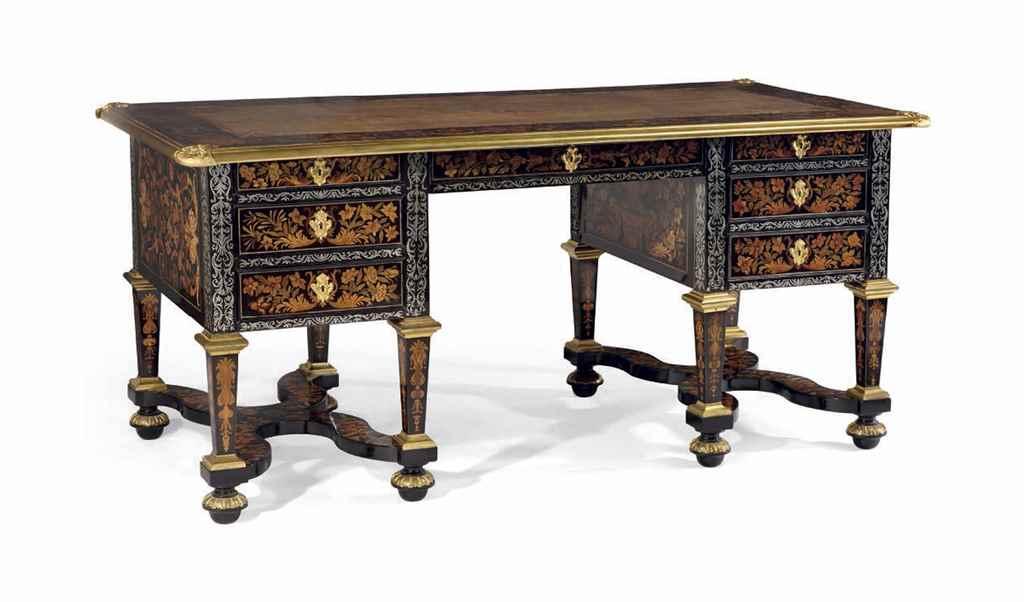 bureau plat d 39 epoque louis xiv debut du xviiieme siecle christie 39 s. Black Bedroom Furniture Sets. Home Design Ideas