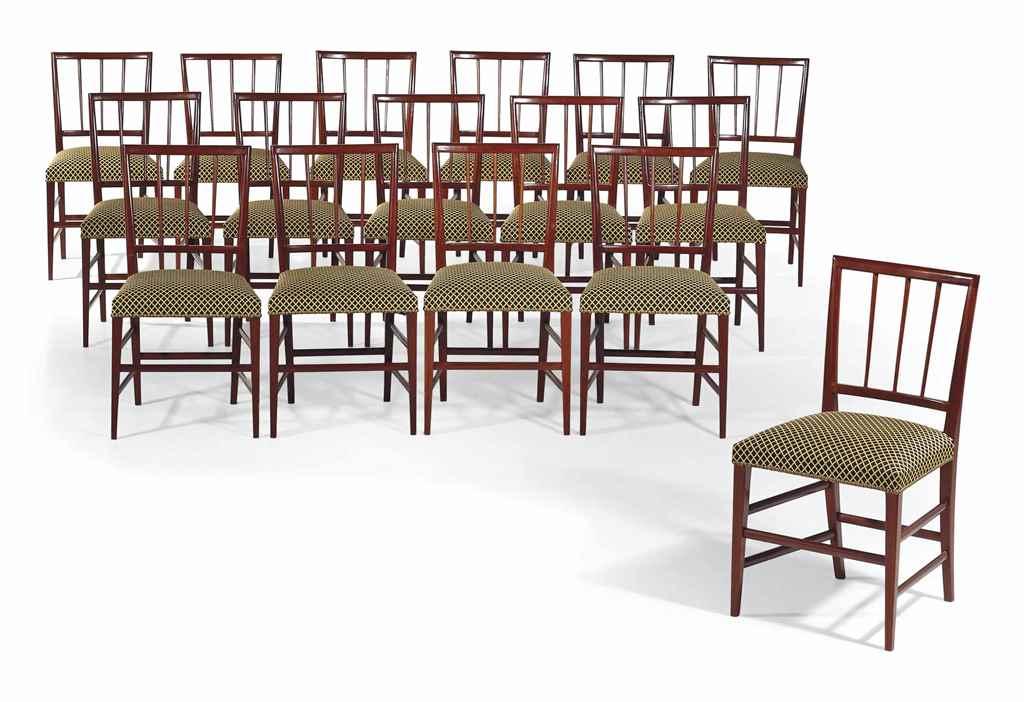 Suite de seize chaises de salle a manger neoclassique danemark dans le gou - Lot 6 chaises salle a manger ...