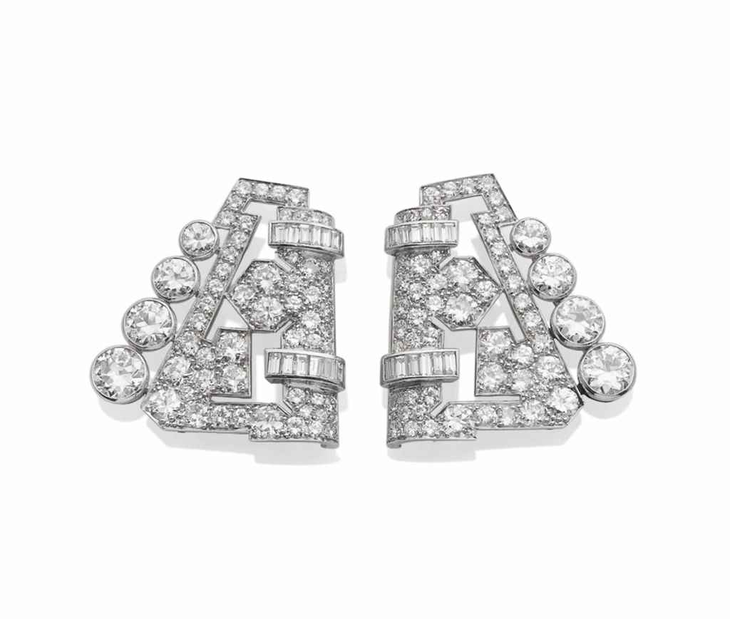 PAIRE DE CLIPS DIAMANTS
