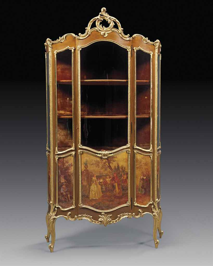 A FRENCH GILTWOOD AND VERNIS M