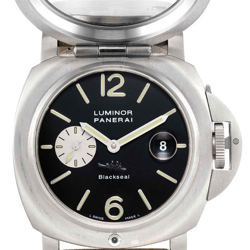 PANERAI. A FINE AND RARE TITAN