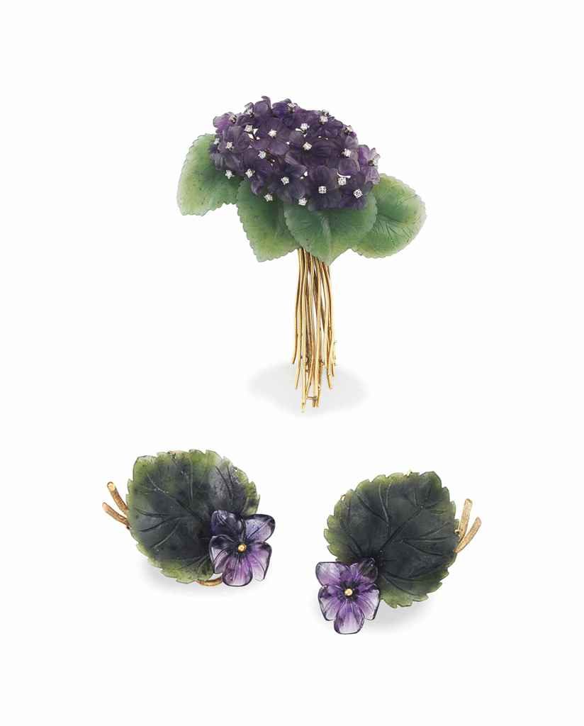 A SET OF AMETHYST, NEPHRITE AN