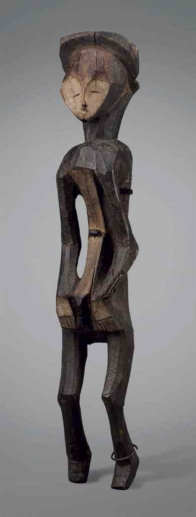 Statue Mbole Mbole figure