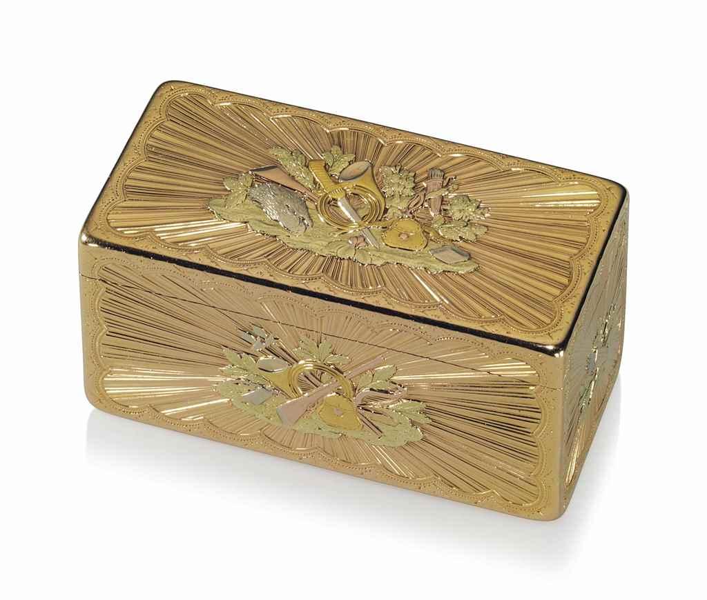 A LOUIS XV VARI-COLOUR GOLD HU