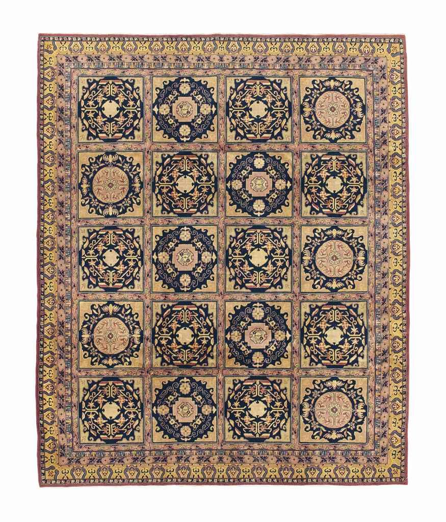 A KHOTAN STYLE CARPET