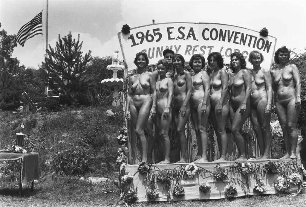 diane arbus nudist camp