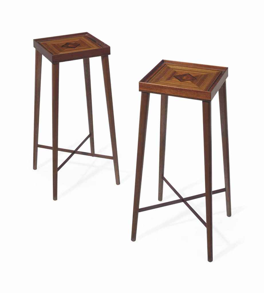 A PAIR OF AMERICAN MAHOGANY AN