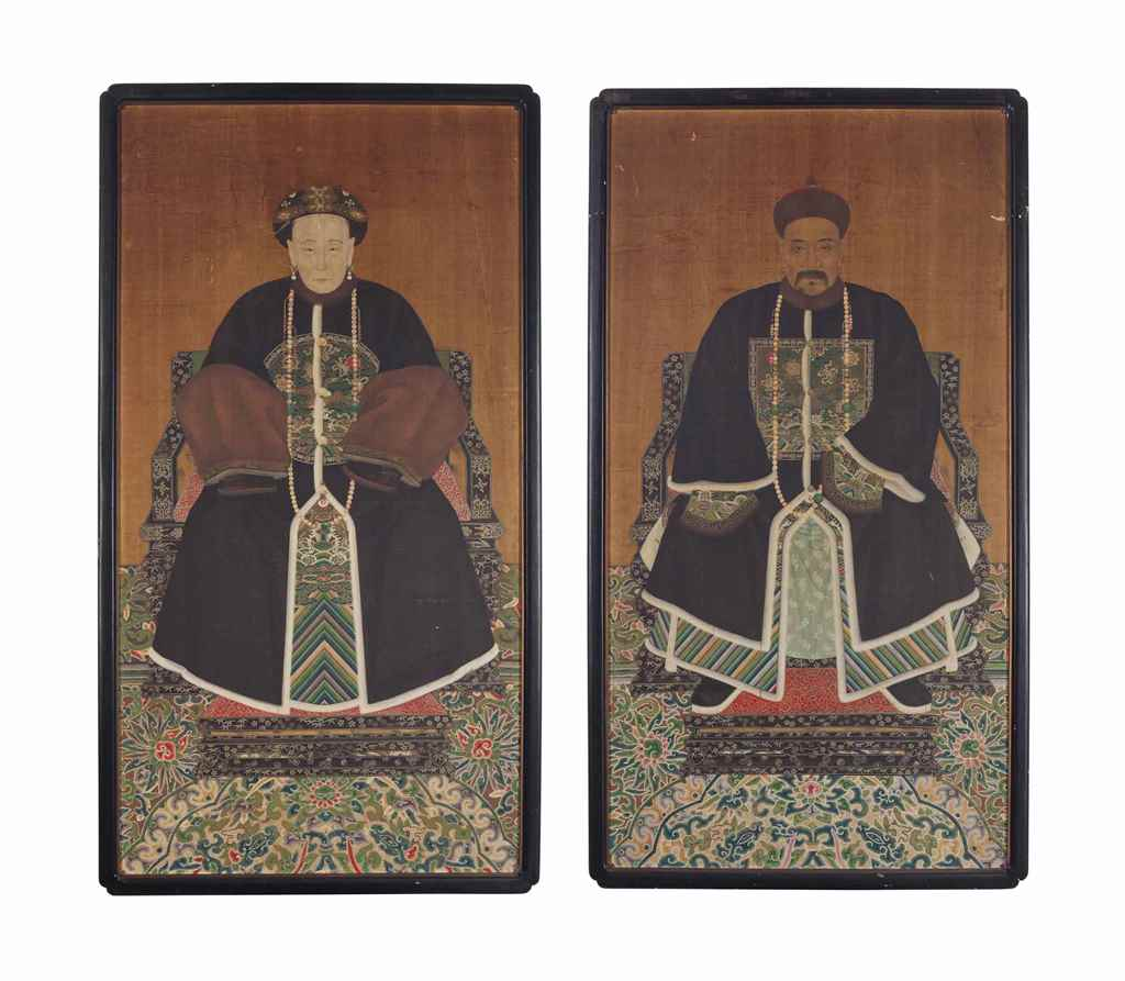 A PAIR OF CHINESE ANCESTOR POR
