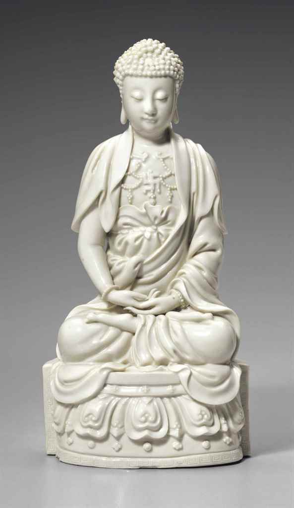 A DEHUA FIGURE OF BUDDHA
