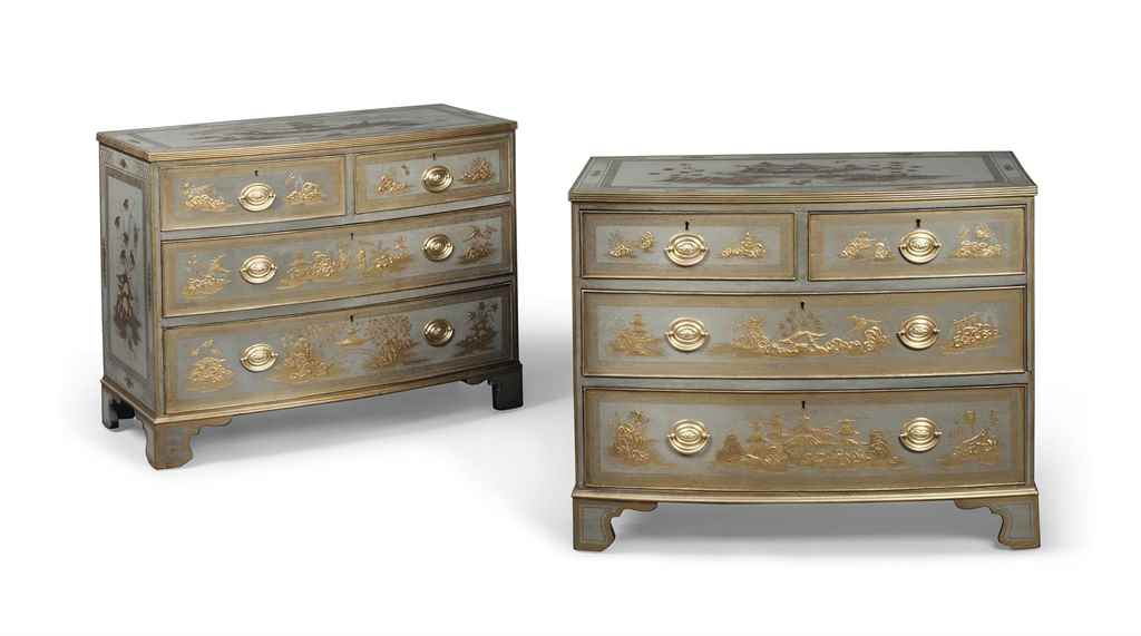 A PAIR OF GREY AND GILT-JAPANN