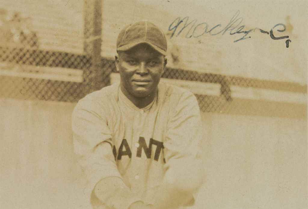 BIZ MACKEY SIGNED PHOTOGRAPH